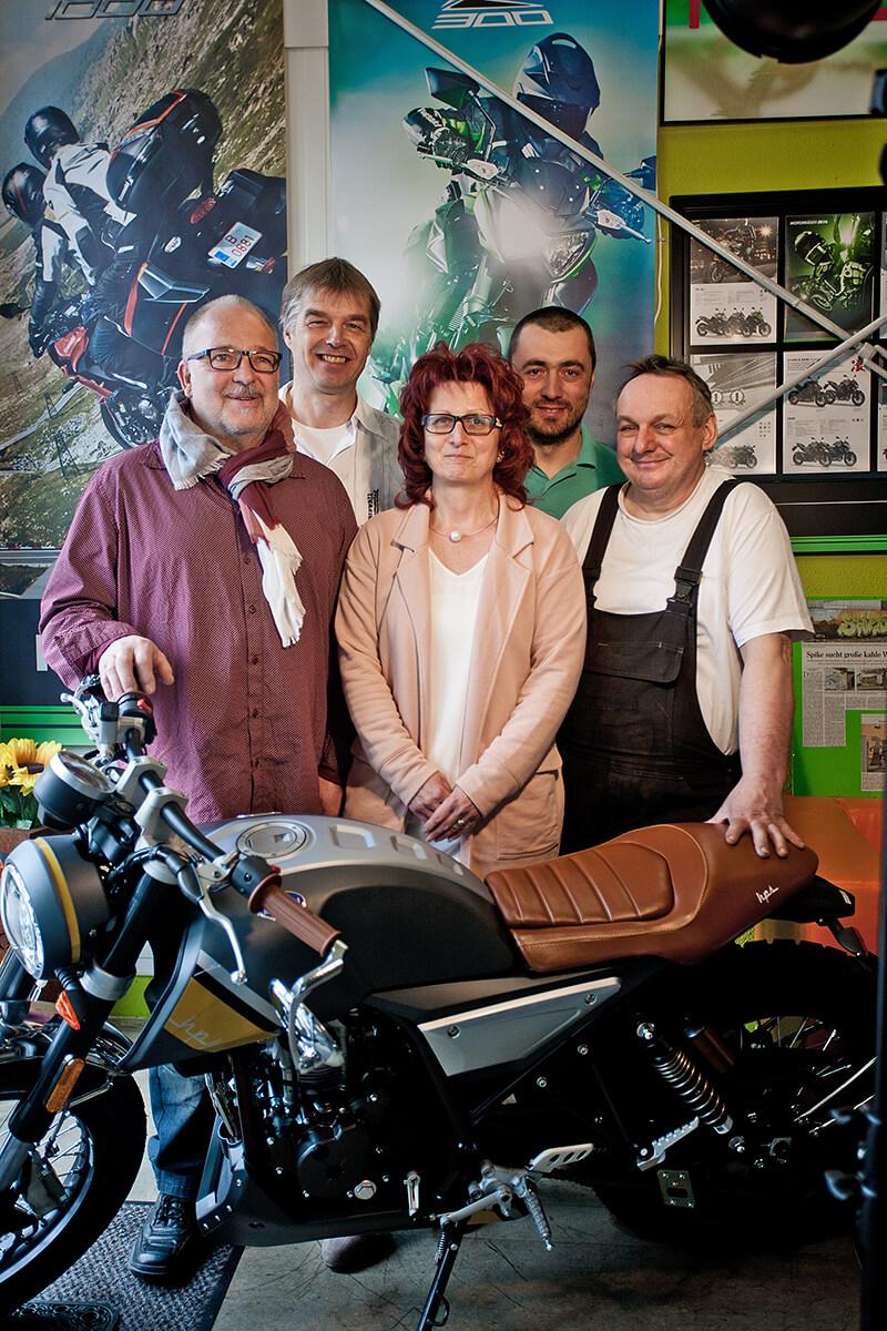 Das Team von Motorrad und Reifen Hutzel in Lohr
